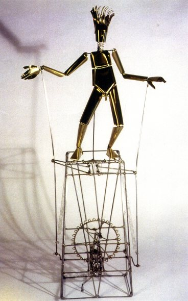 René Ach, Monsieur Pantin, acier et laiton, 104 x 45 x 27 cm. 1993.
